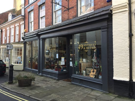 Бринлингтон, UK: 49 Antiques & Retro Bridlington