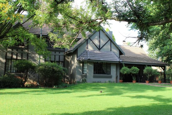 Benoni, South Africa: Outlook Lodge Lakefield Garden