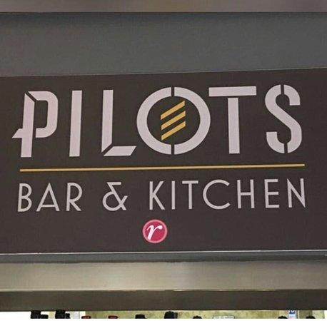 Pilots Bar And Kitchen London City Airport