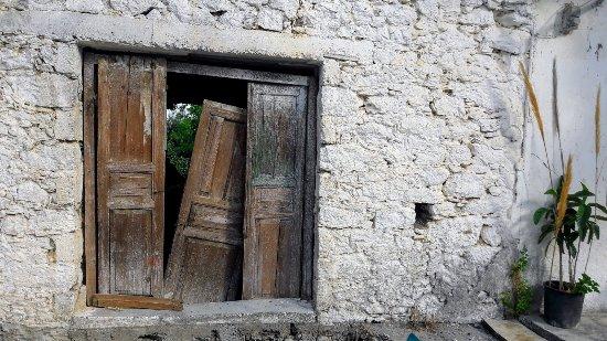 Mirtos, Grecia: Mithi