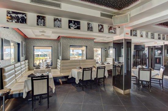 Vale do Lobo, Portugal: Monty´s Restaurant inside dining area.
