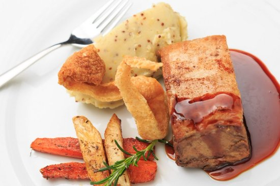 Vale do Lobo, Portugal: Slow roasted pork belly, delicious :)