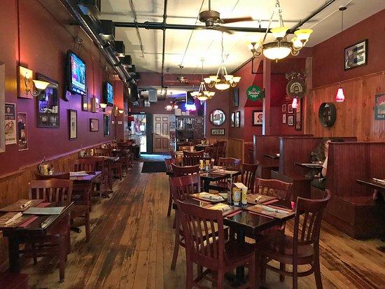 Seneca Falls, Estado de Nueva York: rear dining room