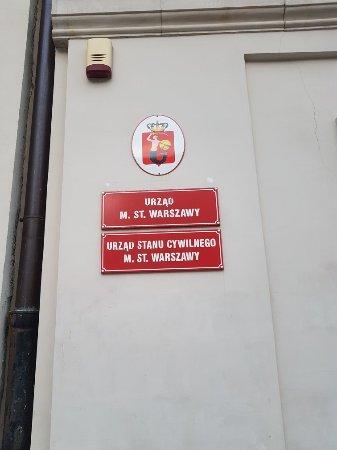 Castle Square (Plac Zamkowy): 20180205_161152_large.jpg