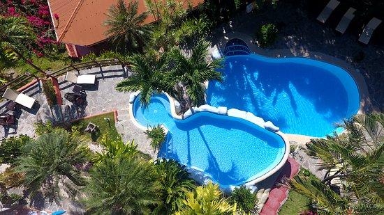 Hotel El Jardin: Vista aérea de nuestra piscina