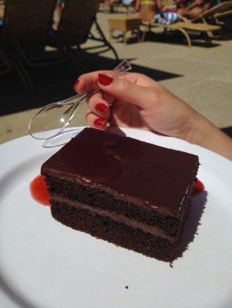 Venezuela Marriott Hotel Playa Grande: Increíble la torta de chocolate