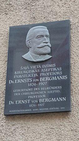 Memorial Ernst von Bergmann