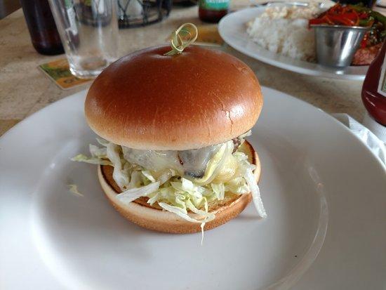 Kaunakakai, HI: Mushroom Burger