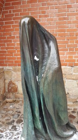 Sculpture The Ghost: The Ghost
