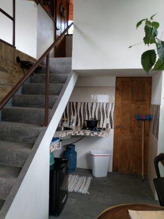 Playa Matapalo, Costa Rica: Double Room with Mountain View: Stairs> Room-Bathroom. Kitchenette - fridge, Terrace via half st