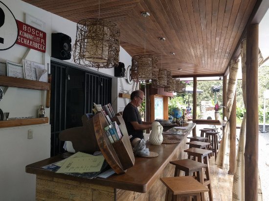 Playa Matapalo, Costa Rica: Phillipe doing paperwork at the bar (which is awaiting bar use approval from Govt.)