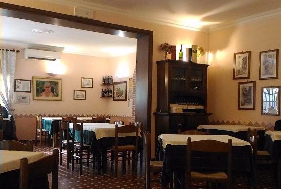 Poggio Moiano, Italy: Parte della sala