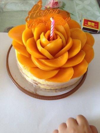 Maxim S Cake Shop Kowloon Bay Mtr Station Hong Kong Photos Restaurant Reviews Order Online Food Delivery Tripadvisor