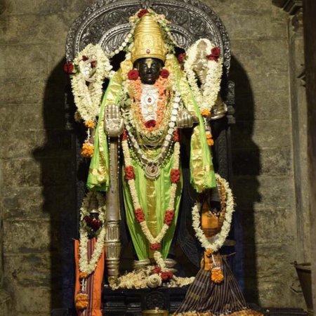 Things To Do in Trikuteshwara Temple, Restaurants in Trikuteshwara Temple