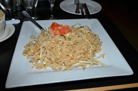 Malee's Thai Bistro : malee-s-thai-bistro (1)_large.jpg