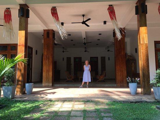Jim's Farm Villas: Standing in the front entrance