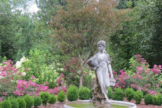 Castle Rock, WA: Stillmeadows Gardens and Retret