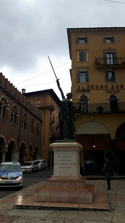 Statua Civiltà Italica