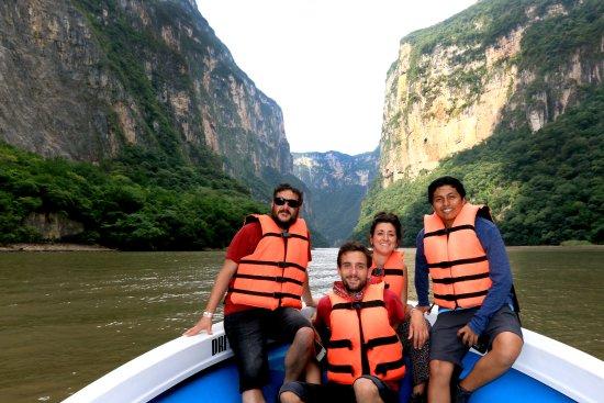 Tuxtla Gutierrez, Messico: Realiza un recorrido por el impresionante Cañón del Sumidero.