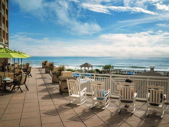 Wrightsville Beach Resort Poolside