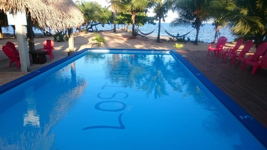 Stann Creek, Belize: Lost Reef Resort and the Caribbean Sea