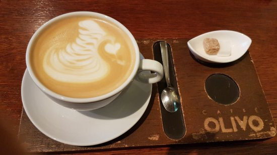 Olivo Caffe & Bistro: Delicious coffee with a beautiful design!