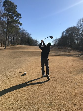 West Point, MS: Golfing in winter...