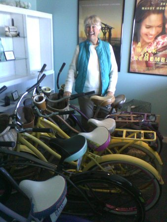 Beaufort, NC: Hungry Town Tours offers Bicycle Tours, too! Looking forward to my next visit.