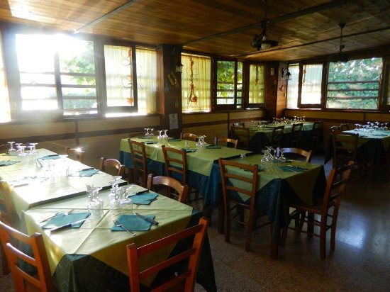 Tocco da Casauria, Italy: la nostra sala rustica