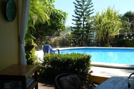 Aparthotel Vista Pacifico: Pool area