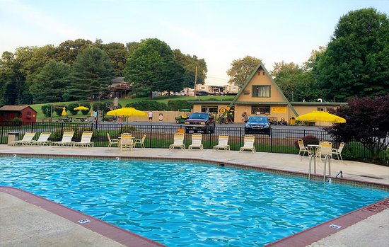 Philadelphia west chester koa reviews photos - Hotels in chester with swimming pool ...