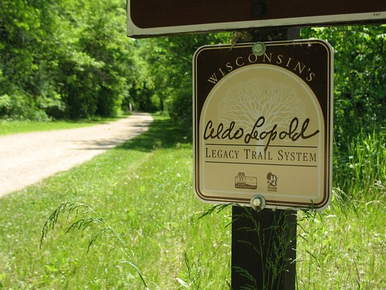Menomonie, WI: Oaklawn is close to UW-Stout, Phillips Medisize, the Red Cedar State Trail.