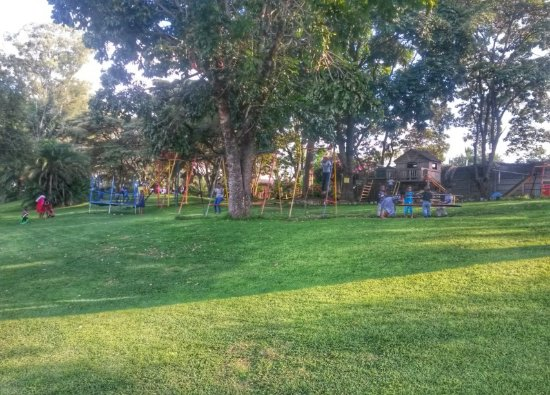 Harare, Zimbábue: Kingfisher Park allows for the kids to have fun with various activities