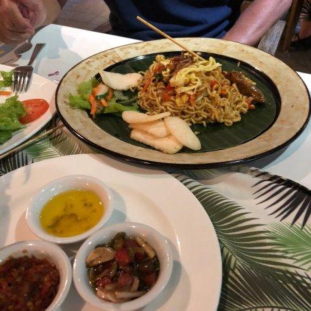 Aroma fusion restaurant nusa dua restaurant reviews for Aroma japanese cuisine restaurant