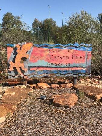 Kings Canyon Resort: Insegna