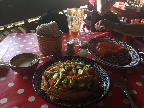 San Agustinillo, México: A waffles with guacamole/aguacate? Yum!