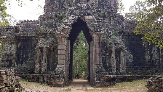 Сием-Рип, Камбоджа: Gate of the Dead