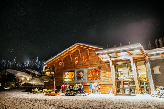 Nelson, Canada: Night life at the lodge