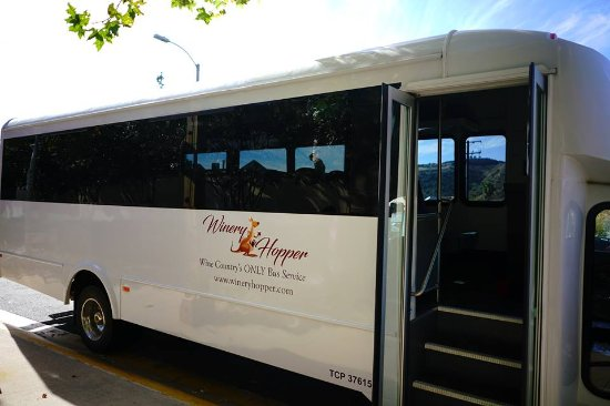 Temecula, CA: Large buses accommodating up to 33 people