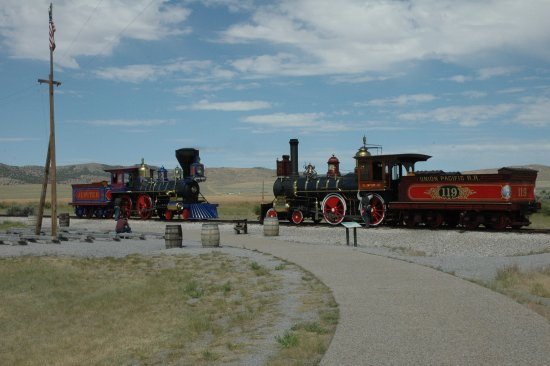 Corinne, UT: Locomotives Meet at the Spike