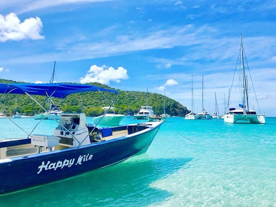 Clifton, Union Island: You'll love the turquoise water