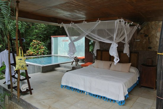 Verana : Pool house