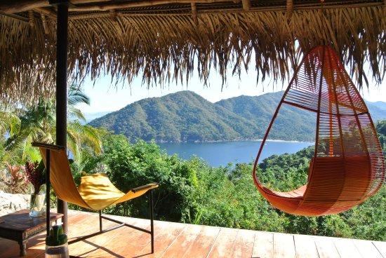 Verana : Pool House view