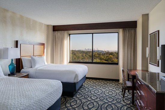Embassy Suites by Hilton Dallas Love Field: Double Bed Suite