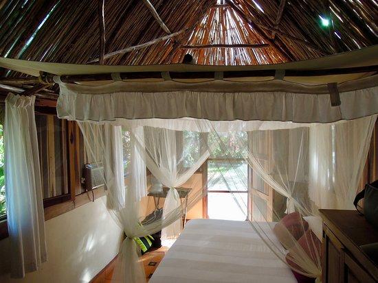 Hacienda Hotel Santo Domingo : Bed in Casita Uxmal