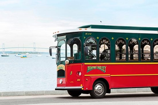 Newport Viking Trolley Tour met ...