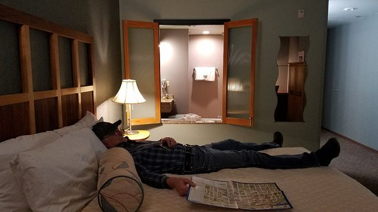 Dimond Center Hotel: 20180115_173455_large.jpg