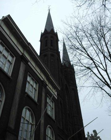 De Krijtberg - Sint Franciscus Xaveriuskerk: Beautiful church in beautiful area