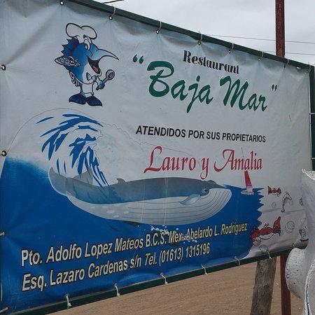 Adolfo Lopez Mateos, Mexico: Restaurant con variedad de platillos  del mar frescos, les recomiendo el combo que incluye lango