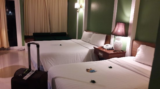 Andaman Seaview Hotel: 20171215_194235_large.jpg